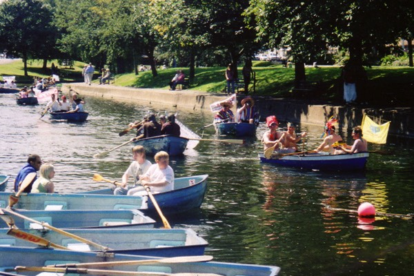 Rowing Boat Hire on The Royal Military Canal